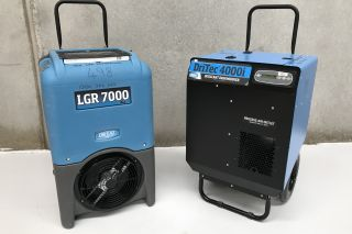 Should I Hire a Desiccant or Refrigerant Dehumidifier?