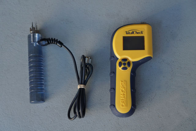 Delmhorst Total Check Moisture Meter